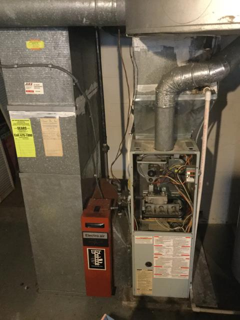 Bexley, OH - I completed a diagnostic on a Carrier gas furnace.  Determined that there is a hole in the connection with chimney.  I recommend that a chimney liner be installed.  Client declined any repairs at this time.