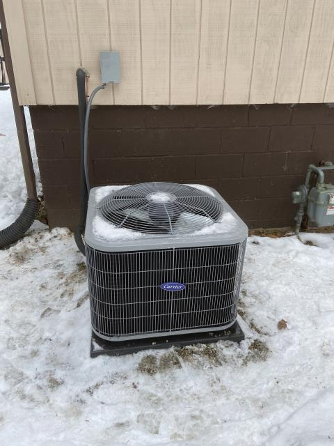 Saint Louisville, OH - I installed a Carrier 13 SEER 3 Ton Air Conditioner.  Included with the installation is a free 1 year service maintenance agreement.