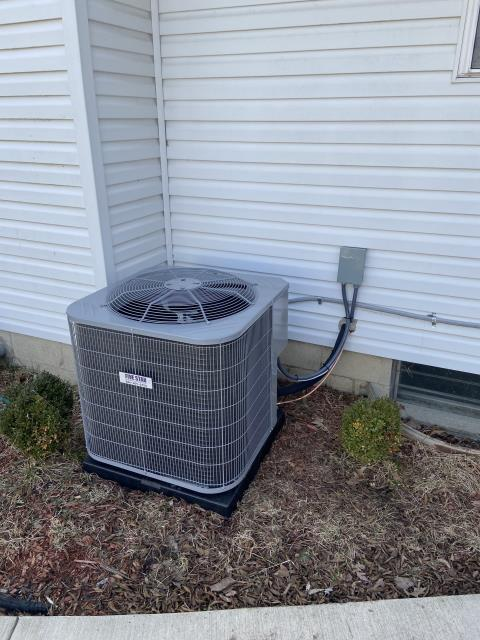 Columbus, OH - I performed an installation inspection on a Carrier air conditioner. Everything checked out within specs. System is operational upon departure.