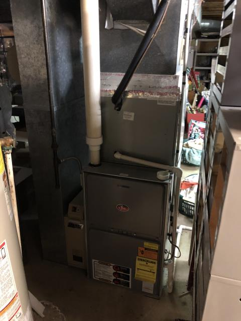 Hilliard, OH - Diagnostic service call on a Weather King gas furnace.  Determined that the transformer had failed.  I gave the client an estimate to replace the transformer.  Client authorized repair.  I replace the transformer.   Cycled and monitored the system.  Operating normally at this time.