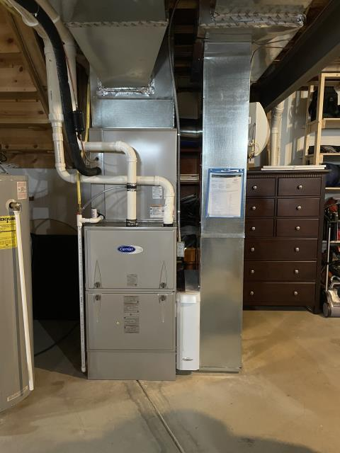 New Albany, OH - I performed a duct cleaning that was part of the installation of a Carrier 96% Two-Stage 120,000 BTU Gas Furnace with an Aprilaire humidifier and a Carrier 16 SEER 5 Ton Air Conditioner. Everything is operating properly at this time.