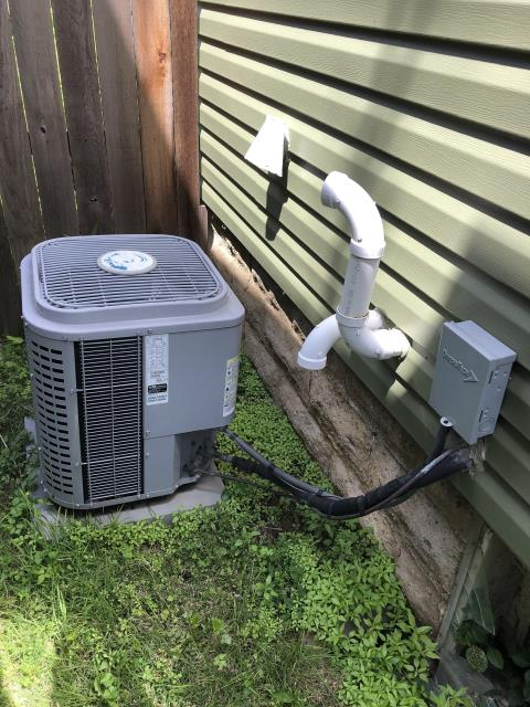 Columbus, OH - I performed a scheduled maintenance agreement tune-up on a Comfortmaker air conditioner and gas furnace. Upon arrival I completed my tune-up checklist for both units and at this time I see no issues. Upon departure systems are heating and cooling properly as well as fully operational.