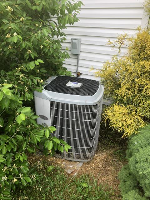 Hilliard, OH - I completed a diagnostic service call on a Carrier air conditioner. I determined that due to the condition and cost of replacing motor blower and capacitor that it may be best to replace the unit. Went over options with the customer.
