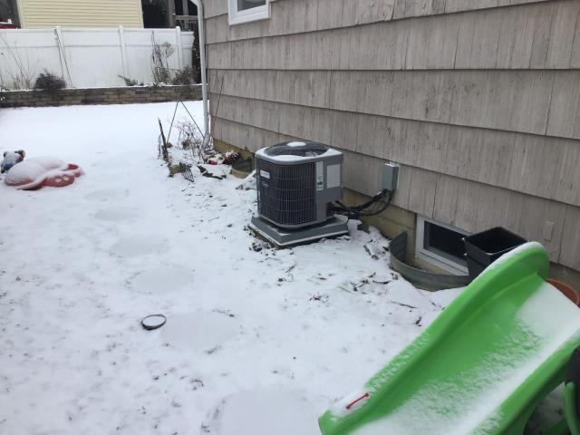 Worthington, OH - I completed a diagnostic service call on a Carrier air conditioner. I determined that the unit was in need of some Freon. I recharged and cycled. Cooling is now working as intended.