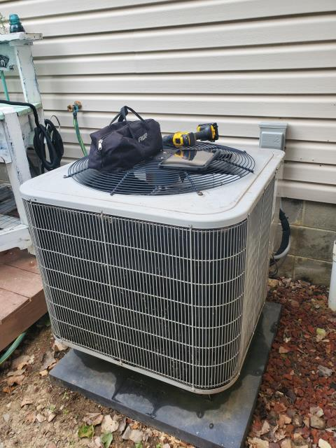 Pataskala, OH - I arrived on site to perform an inspection on a Bryant air conditioning unit. During the inspection I found that the TXV had failed. The coil had also failed in the unit, and both the TXV and the coil will need to be replaced. The unit was not operational at the time of departure.