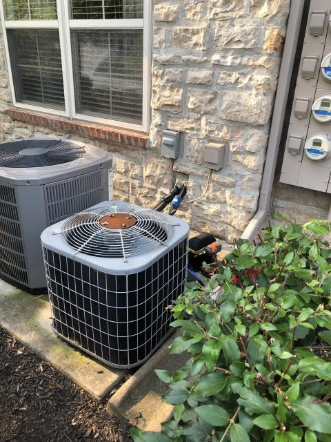 New Albany, OH - I arrived on site to perform a tune up on the customers Carrier air conditioning system. The system was running under manufacturers specifications and the unit was running at full functionality at the time of departure.