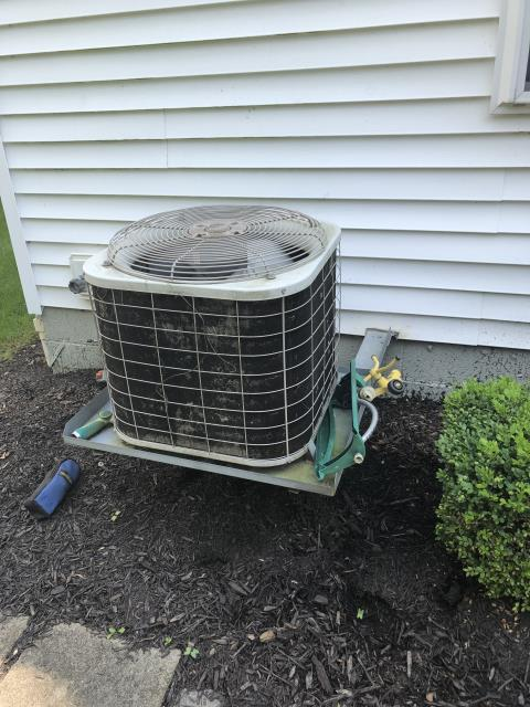 New Albany, OH - I completed a diagnostic on a Bryant air conditioner. I determined that there was a leak and the system needed charged. I provided recommendations to the customer.