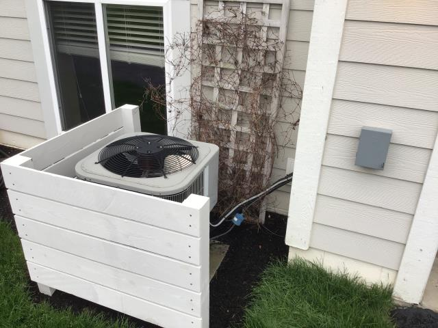 Lewis Center, OH - I completed a diagnostic on a Carrier air conditioner. I determined that the blower motor capacitor has failed and needs replaced.