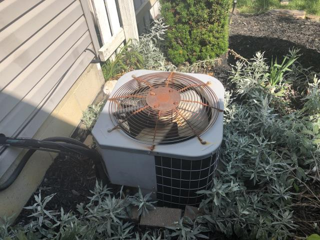 Canal Winchester, OH - I completed a diagnostic on a Carrier air conditioner. I determined that the system was low on charge. Gave customer options for repair and replacement. Install scheduled for following day.