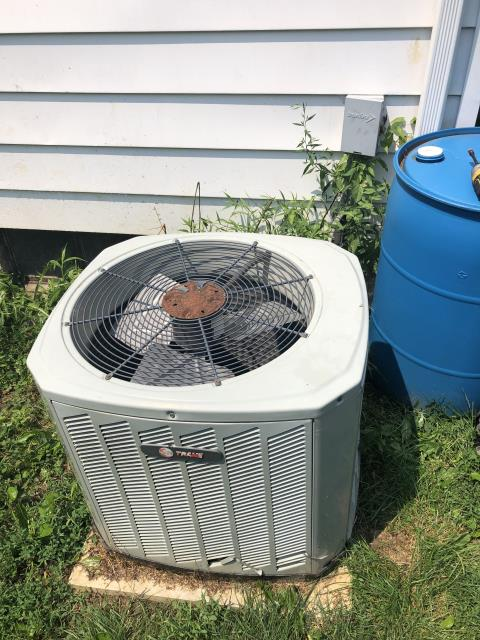 Columbus, OH - I completed a diagnostic on a Trane air conditioner. I determined that capacitor has failed and needs replaced. I replaced capacitor and system was operating normally at time of departure.