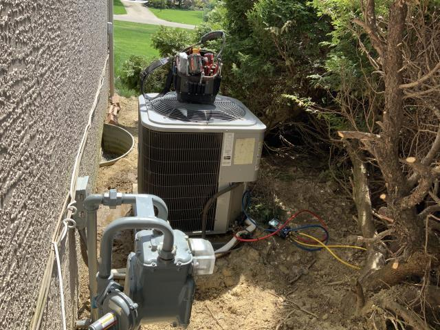 Pickerington, OH - I completed a diagnostic on a Comfortmaker air conditioner. I determined that the condensate pump was blocked. I provided recommendations.