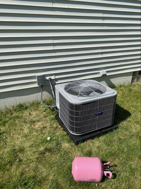 Grove City, OH - I did a service call on a Carrier AC unit. Upon inspection I found a bad capacitor. I replace the capacitor and the system is operational at this time.