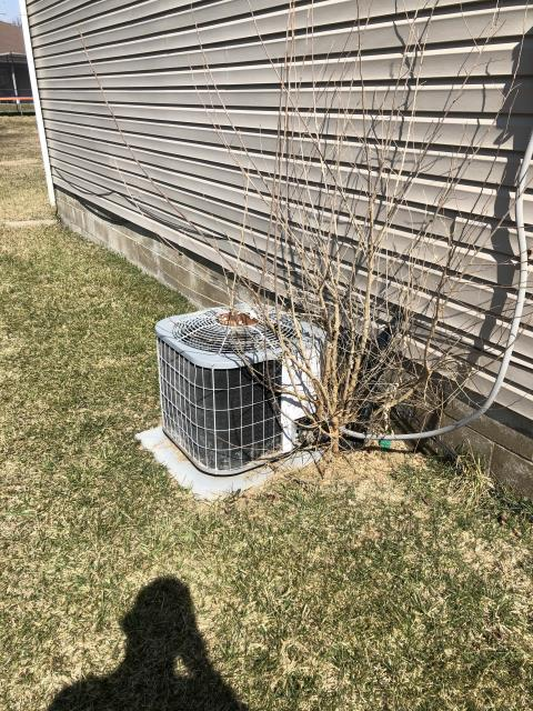 Xenia, OH - I completed a diagnostic on a Carrier Air Conditioner. I determined that the fan motor was completely locked up. Went over findings with customer.