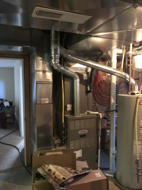 Beavercreek, OH - Client requested an estimate to replace a Lennox gas furnace and air conditioner.  I recommend replacing it with a Carrier 80% 110,000 BTU Gas Furnace and a Carrier 16 SEER 4 Ton Air Conditioner.  Included in the estimate is a 1 year free service maintenance agreement.