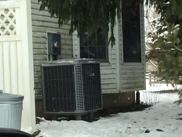 Pleasantville, OH - Heat pump fan frozen.