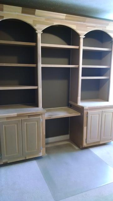 Noblesville, IN - Painted Cabinets