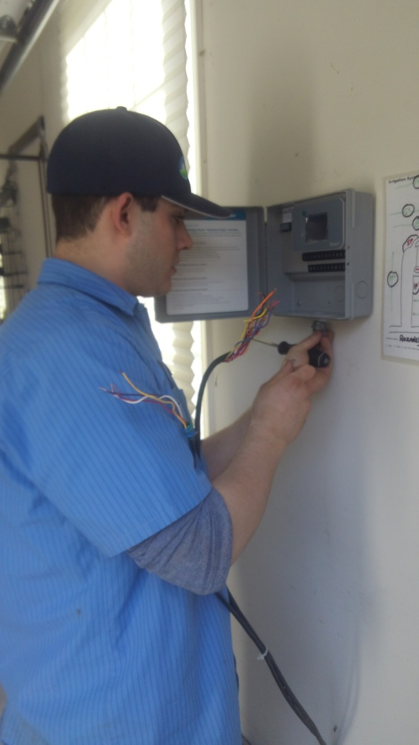 Denville, NJ - Replace old timer to new hydrawise wifi timer