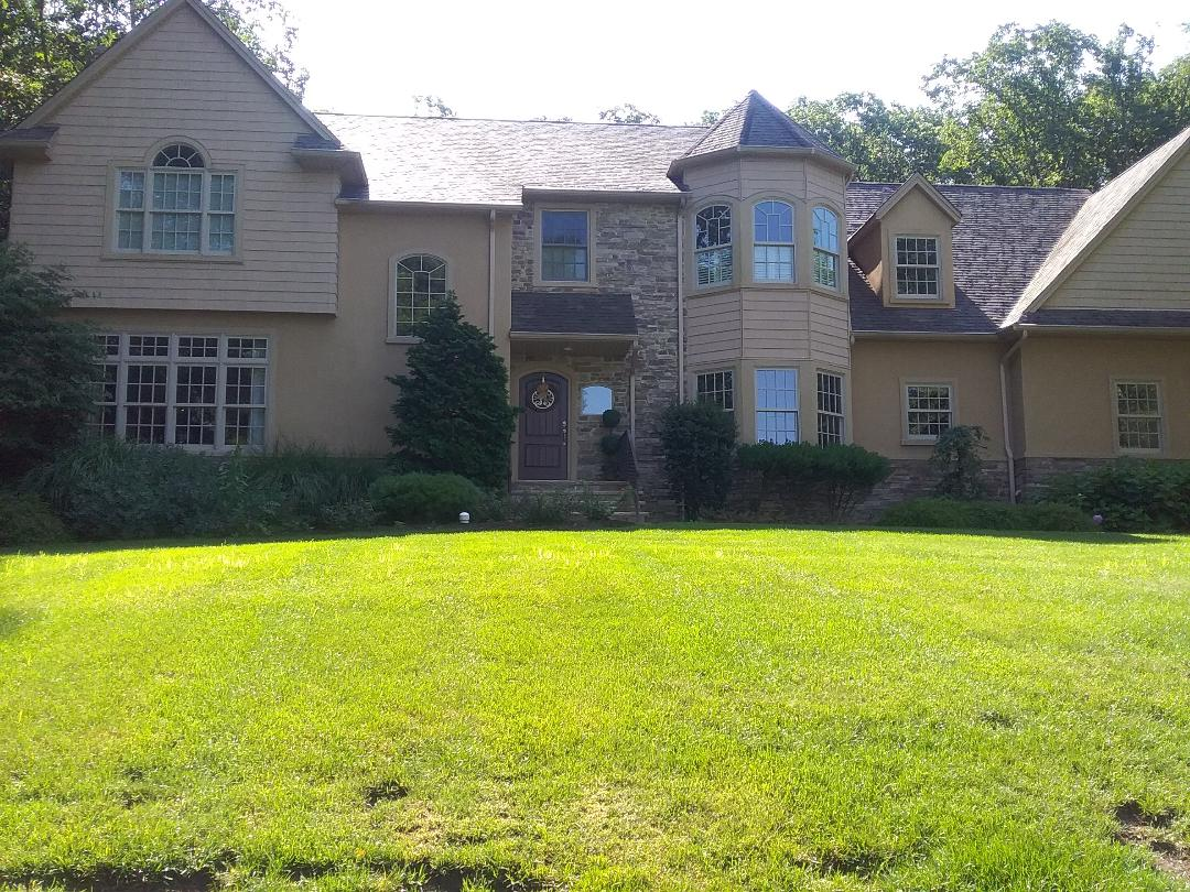 Chester, NJ - Weed control as part of homeowner 7 application lawn care program, backed by a green lawn guarantee!!! =)