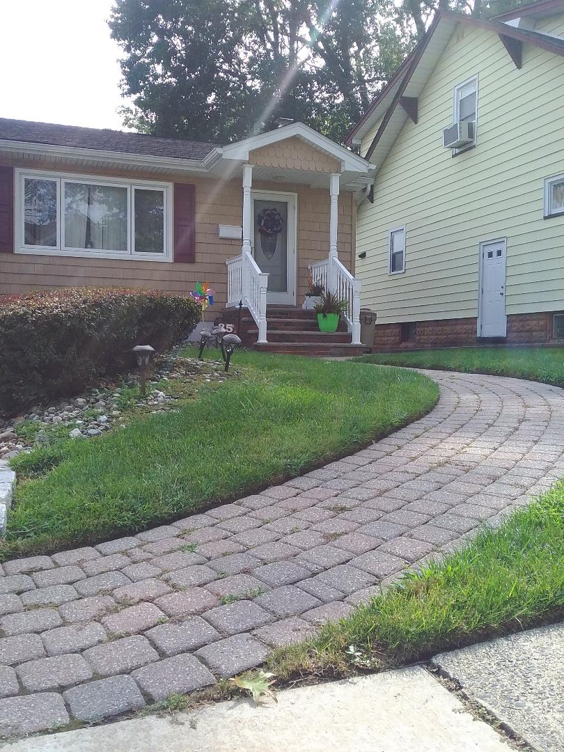 Kinnelon, NJ - Weed control and quality inspection for lawn care service!!! =)