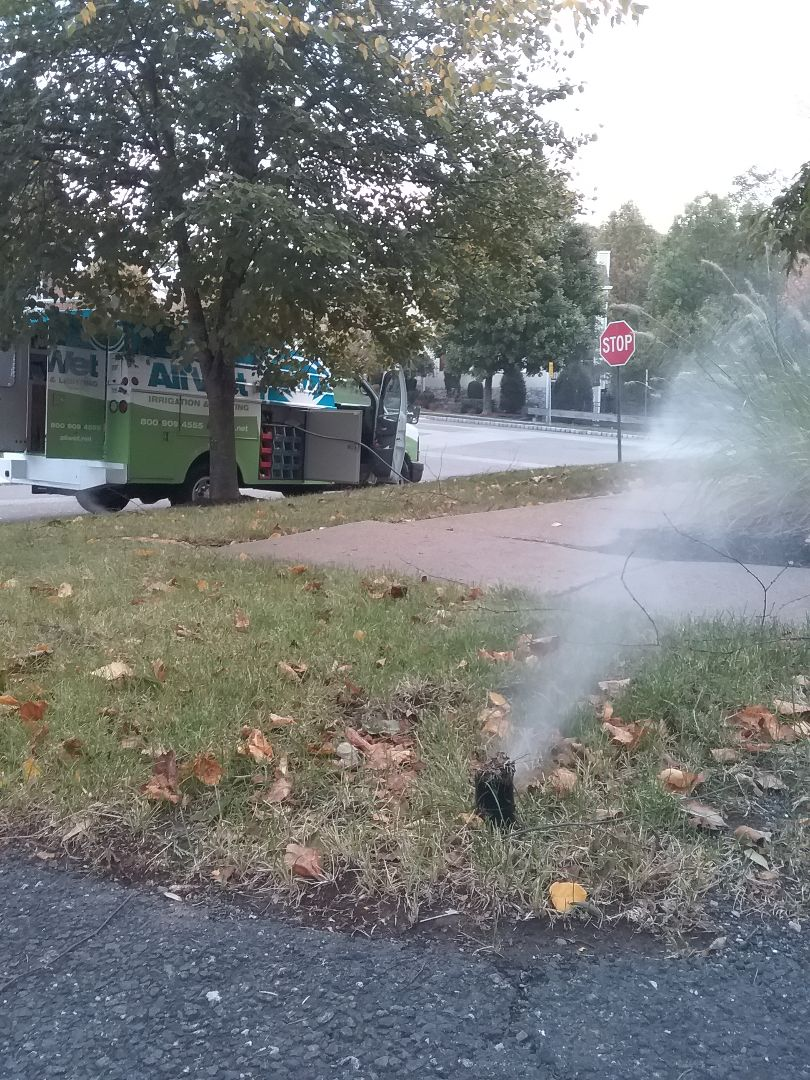 Totowa, NJ - Winterize system, Blow out, drain out, IRRIGATION SPRINKLERS!! In Totowa NJ 07512 Broken sprinklers, leaking sprinkler head. There is still time!! Ask about our Silver and Gold savings bundles. Call us now!! Dont miss out.