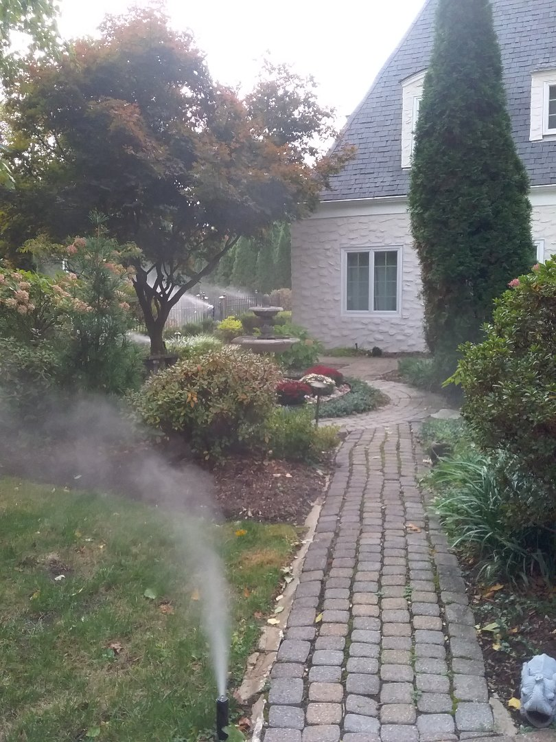 Winterize system, Blow out, drain out, IRRIGATION SPRINKLERS!! In Montclair NJ 07041 Broken sprinklers, leaking sprinkler head. There is still time!! Ask about our Silver and Gold savings bundles.  Call us now!! Dont miss out.