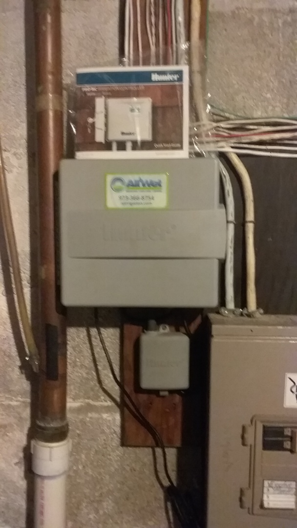 Mount Arlington, NJ - Installing 3 zone sprinkler system with a hydrawise smart weather reading controller