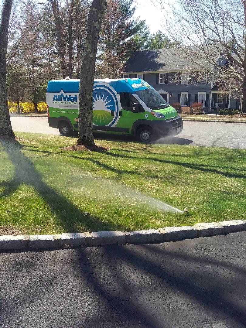 West Milford, NJ - Start up, turn on, IRRIGATION SPRINKLERS!!  Broken sprinklers, leaking sprinkler head. Water won't shut off , stuck zone. Ask about our Silver and Gold savings bundles.  Call us now!! In Mendham NJ