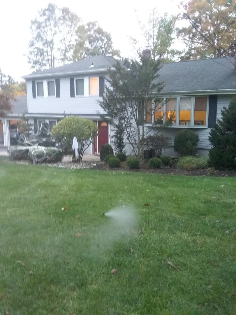 Start up, turn on, IRRIGATION SPRINKLERS!!  Broken sprinklers, leaking sprinkler head. Water won't shut off  , stuck zone. Ask about our Silver and Gold savings bundles.  Call us now!! In Kinnelon NJ