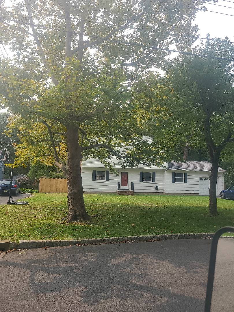 Berkeley Heights, NJ - Aeration and overseeding fall lawn care
