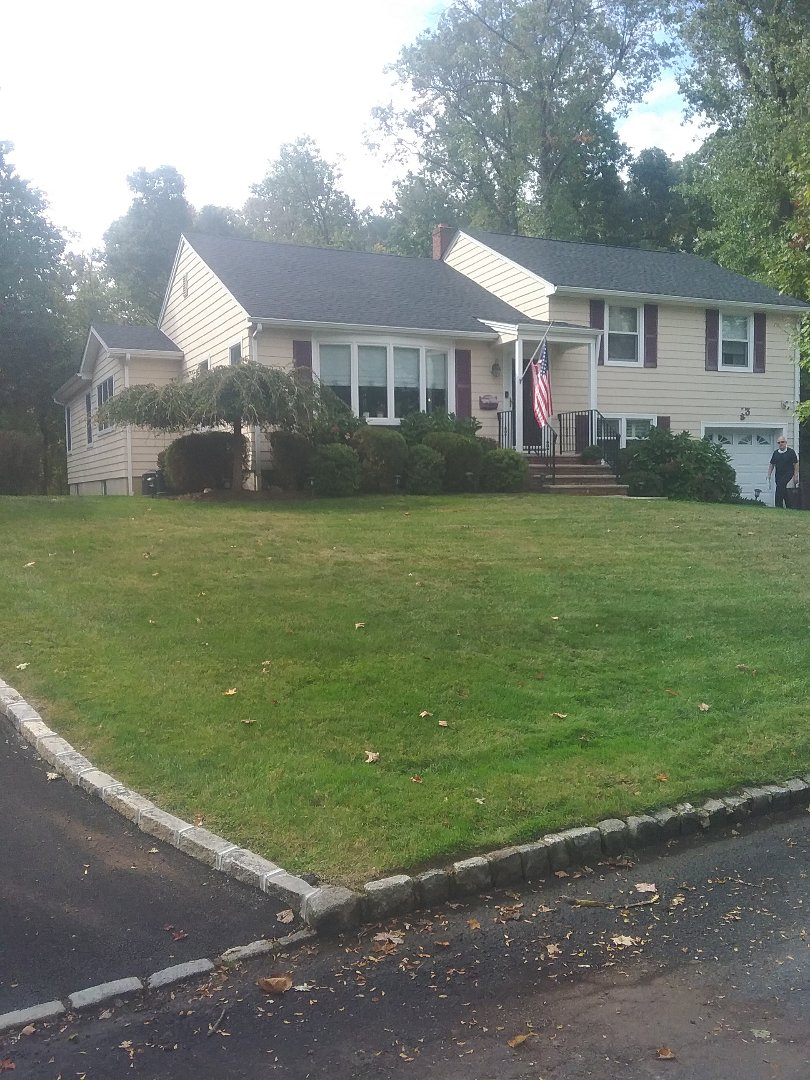 Boonton, NJ - Aerate and overseed