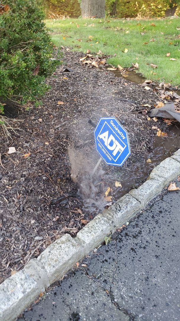 Chester, NJ - Repair sprinkler line broken by sign