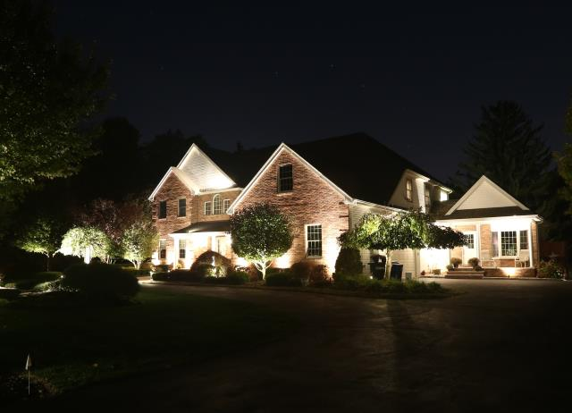 Matamoras, PA - Install new LED landscape outdoor lighting system.