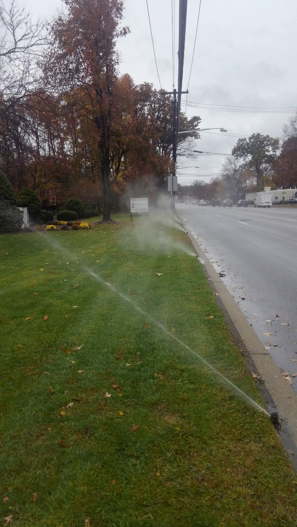 Fairfield, NJ - Blow out sprinkler lines at commercial building