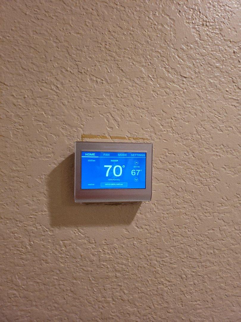 Liberty Hill, TX - Install brand new honeywell thermostat