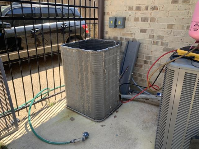 Roanoke, TX - Cleaned the coil on a heat pump during an ac tune up in Roanoke.