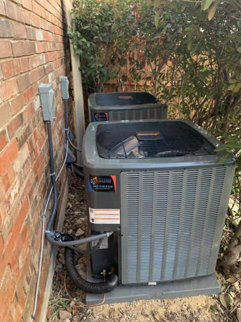 North Richland Hills, TX - Installed 2 16 seer ac units here in North Richland Hills.