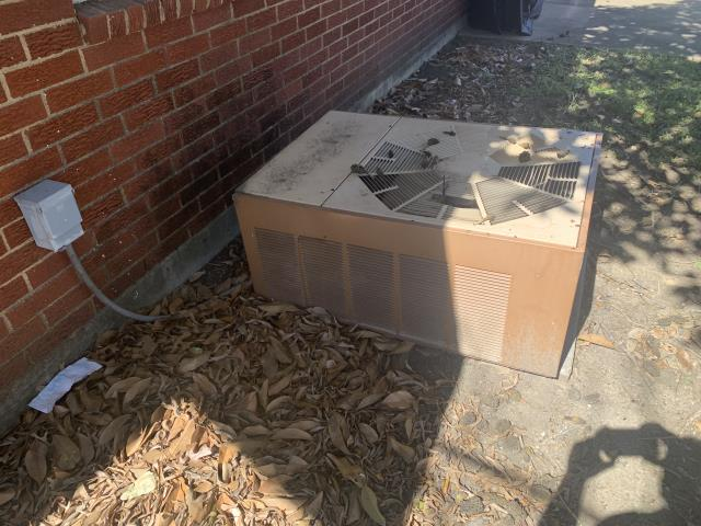 Fort Worth, TX - Provided a free estimate to replace this ac unit in Fort Worth