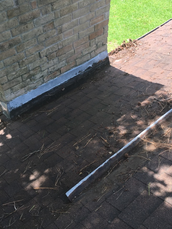 Spring, TX - Eldridge Roofing & Restoration identifies another roof problem in Spring Texas. We have a solution! Chimney cricket will be installed using GAF products!