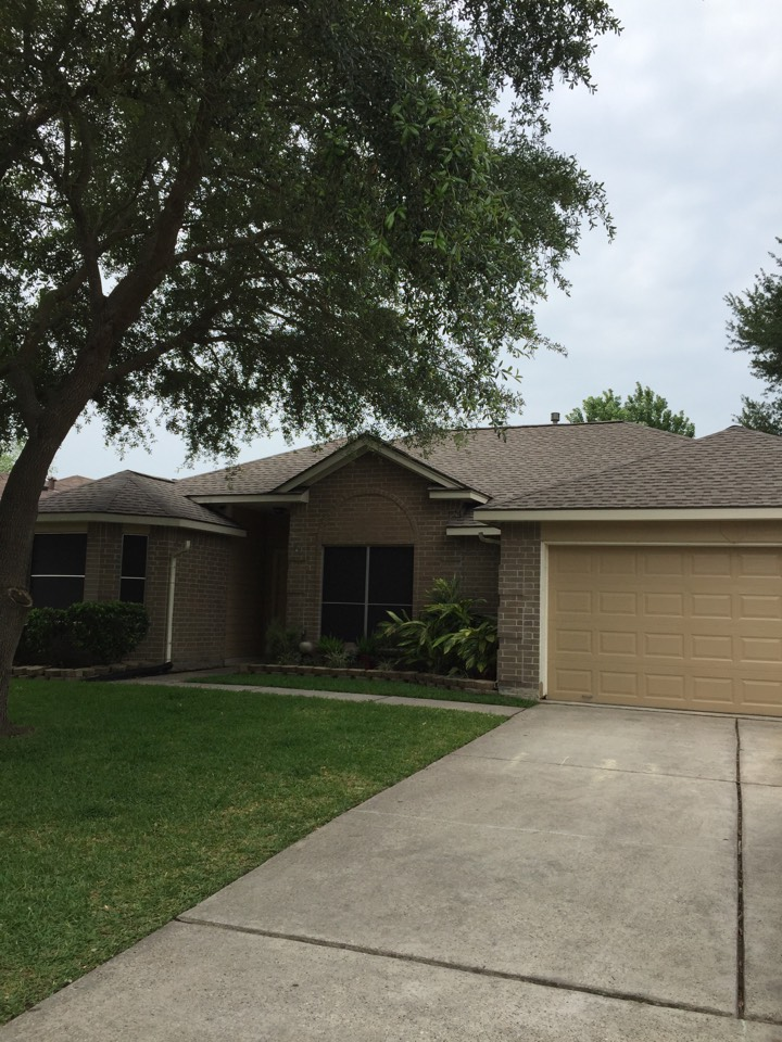 Tomball, TX - Another completed GAF roofing system completed by Eldridge Roofing