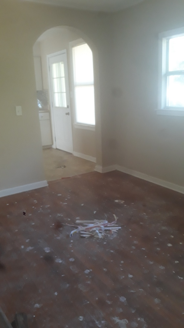 Property manager needs house deep cleaned.  Providing quote to get it ready from top to bottom.  Great location near NAS.  Floors will get some TLC
