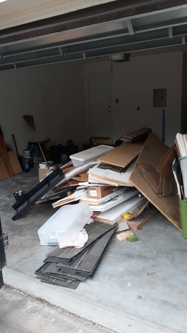 Doing a garage cleanout for a customer today here in Pensacola fl