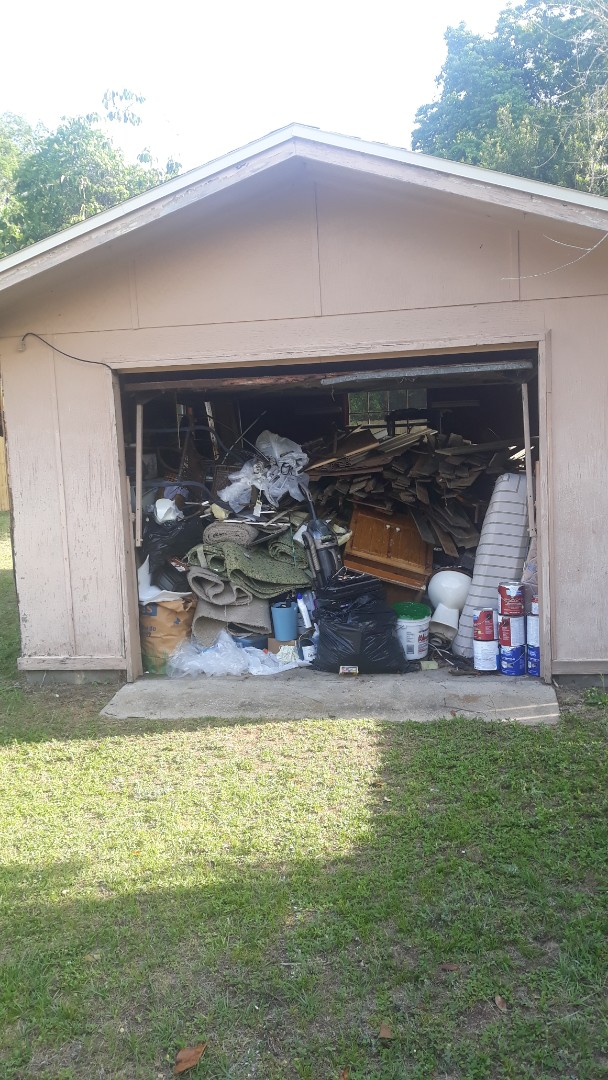 We are doing a garage cleanout today in Pensacola fl for a repeat customer today