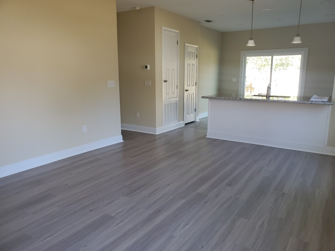 Milton, FL - Post construction cleaning for new home in Gulf Breeze