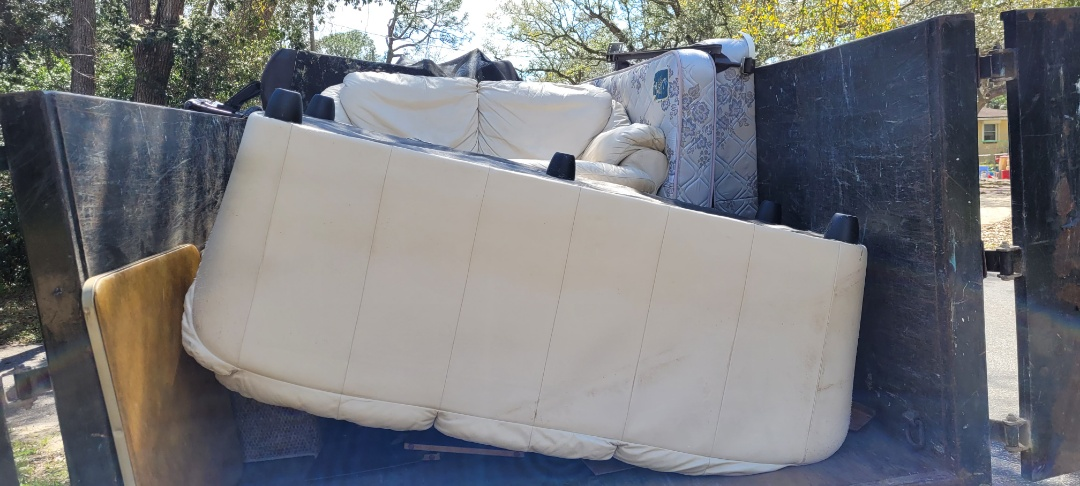 Just remove old couch today customer get new ones