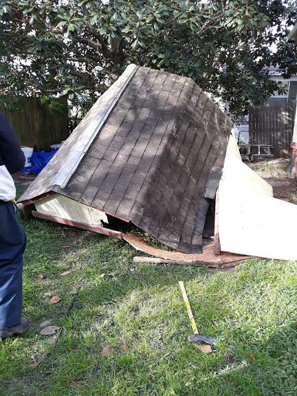 S.O.S can help with your garden waste disposal through our expert residential demolition services that will eliminate your stress and hassle of the demolition process.