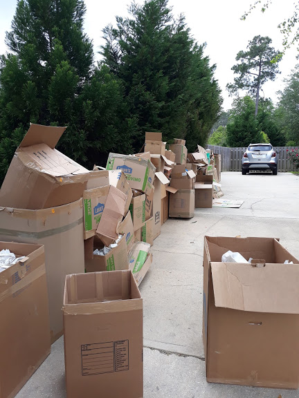 Reasons why you should hire us as your junk removal company: https://www.somethingoldsalvage.com/junk-removal-company-in-pensacola/