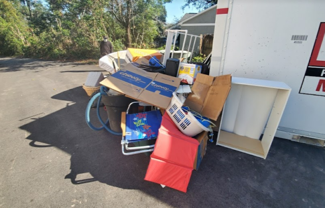Whether your garbage is from a home renovation project or it's from your business, we have your trash pickup covered.