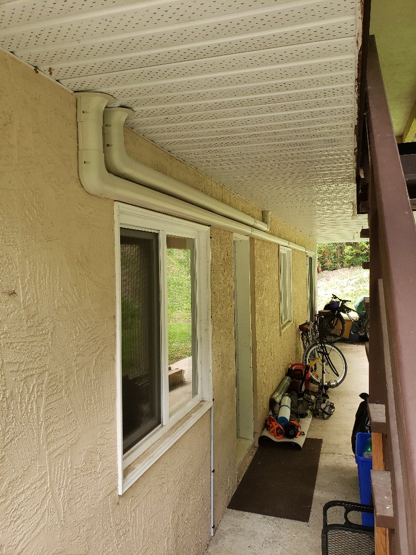 Chemainus, BC - Day 3 of this 3 head Daikin heat pump install here in Westholme!