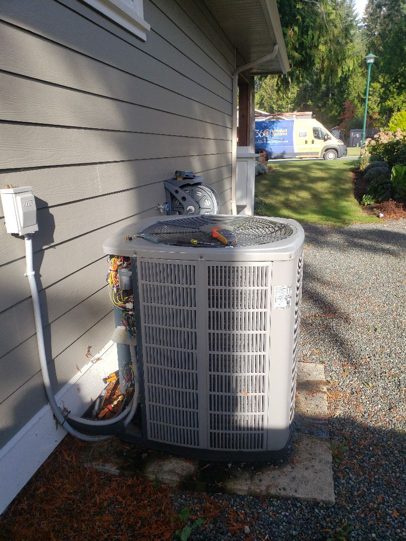 Cobble Hill, BC - Performing seasonal maintenance on this American Standard heat pump system here in Cobble Hill!