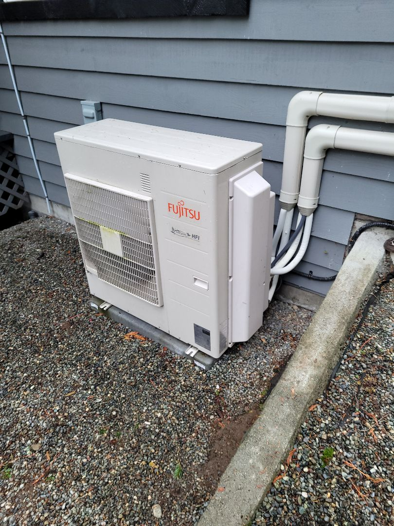 Cobble Hill, BC - Fixing a small leak in this Fujitsu multi head mini split heat pump system in Cobble Hill!